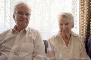 Leif Dovås, 79, och Ingrid Bäck, 83, var med när Norbergs kommunhus firande 60 år.