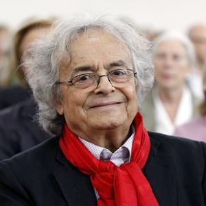 2011 tog Adonis emot Goethepriset i Frankfurt.