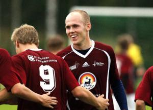 Johan Vestin slutar som spelande tränare i Höga Kusten och nästa anhalt för honom kan bli Anundsjö och enbart som spelare.