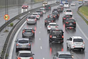 En väl utformad kilometerskatt kommer att vara en viktig åtgärd för att tydligt föra in rättvisa i transportutmaningen. Foto: TT