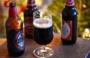 Konsumtionen av alkohol under julen blir ofta för stor.Anders Wiklund / SCANPIX