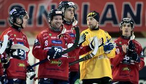 Jonas Edling och hans Edsbyn svarade för en av säsongens bästa matcher när man slog Västerås på fredagen.