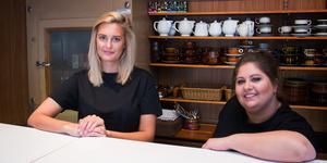 Sara Östlund och konditorn Amanda Andersson har haft fullt upp sedan Ångbageriet öppnat igen.