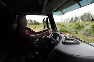 Naturen har börjat läka efter stormarna, men någon skog att ta virke ur finns inte kvar, konstaterar Curt Göransson.