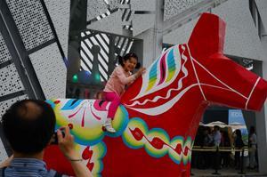 Dalahästen var representerad under världsutställningen i Shanghai 2010. Foto:AndersHanser