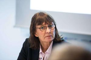 Regiondirektör Karin Stikå Mjöberg vill inte berätta varför länsregionen köper ut personaldirektören i förtid.