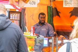 Oumar Ka från Göteborg, och ursprungligen Sengal, sålde västafrikansk mat.