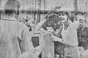 Margareta Larsson, Vetlanda, vann en barnsäng i damklassen vid en orienteringstävling i Vena.