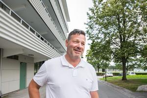 """Per-Ola Sundin tycker att samarbetet mellan Örebro kommun och Region Örebro län fungerar bra. """"Det kan vara svårt, det är lite olika journaler och sekretess emellan, men här delar vi på alla kostnader och sitter i samma rum."""""""