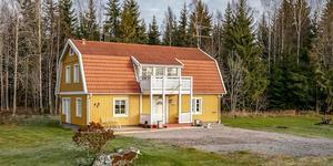 Fastigheten i Svensbo utanför Kolsva fick flest klick under förra veckan på bostadssajten Hemnet.Foto:Fastighetsbyrån