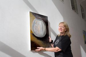 Christel Bäckman ställer ut på Konstpoolen. Tidigare har man kunnat se hennes konst både på Godsmagasinet och i Konsthallen i Nynäshamn.