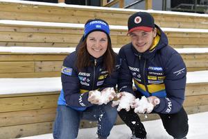 Johanna Skottheim och Malte Stefansson körde stafett tillsammans i Obertilliach.