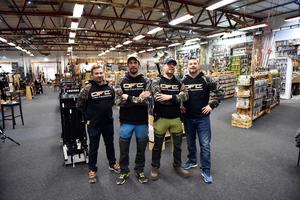 Hela gänget i butiken: Conny Frid, Per-Åke Ståbis Hassis, Stefan Gustafsson och Ronny Frid.