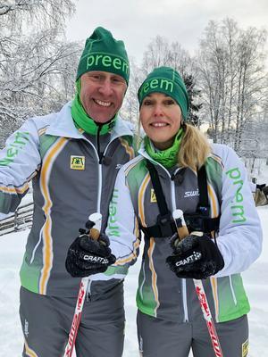 Anette Blückert i Örebro var en av fyra som valdes ut att tävla i Gunde Svans lag i Stafettvasan. I januari träffades laget för en träningshelg och Gunde bjöd på sina bästa skidtips. Foto: Pressbild
