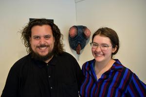 William C. Woxlin och Matilda Blomquist, båda boende i Ludvika, håller i projektet Art Lab på Borlänge modern.