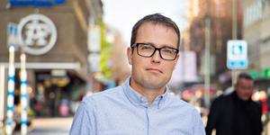 Patrik Stenvard, M, vill att Region Gävleborg fortsätter utreda barn med dyslexi.