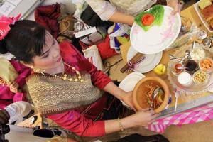 Papayasalladshow med mästarinnan Turian från Thailand.