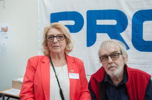 Gertrud Nygren, vice ordförande PRO Jämtland-Härjedalen och Leif Persson, PRO, var på plats för att sprida kunskap om fallolyckor bland pensionärer.