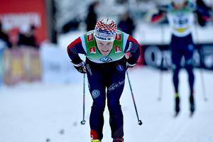 Jens Burman vid Brukvallsloppet 2016, iklädd Åsarna-dräkt.