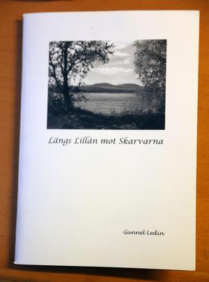 Med glädje leder jag läsarna uppför Lillån mot Skarvarna, till Ljusnedal och Messlingen, berättar Gunnel Ledin.