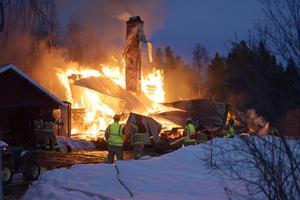 Villabrand i Österström.
