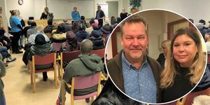 Nytt samarbete. Jobbchansen, en minimässa för jobbsökande och företag, har återuppstått under hösten tack vare ett samarbete mellan Arbetsförmedlingen och Örebro kommun. Jonas Triumf, arbetsförmedlare, och Henny Källdén, arbetsmarknadsenheten Örebro kommun, är nöjda med lösningen.