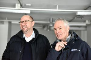 Peter Hedlund och Roger Andersson planerar flytten.