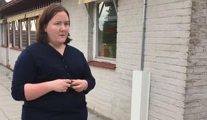 """Annica Gustafsson i föräldraföreningen berättar att de fick ett nyrenoverat fritids för fyra år sedan. """"Här har vi massa utrymme medans jag hört att exempelvis Brattberget har trånga ytor på sitt fritids"""
