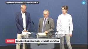 LRF:s ordförande Palle Borgström, Landsbygdsminister Sven-Erik Bucht (S) och Jordbruksverkets generaldirektör Christina Nordin.