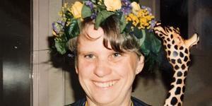 Lena Kälvesten har avlidit.