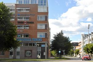 Hit till badhusparken i Sundsvall flyttar polisen delar av sin verksamhet. Bild: Susanne Holmlund