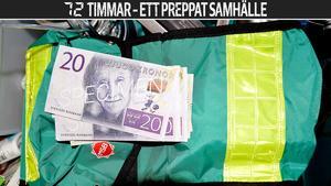 Sverige är på väg att bli världens första  kontantlösa samhälle, samtidigt som myndigheter råder medborgare att ha lite kontanter i reserv i sina krislådor för en eventuell framtida krissituation.