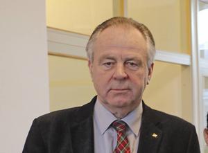 Jag, Stig Mörtman och Stig Zettlin har inte lämnat partiet utan blivit uteslutna vid ett styrelsemöte som saknade vald ordförande samt vald vice ordförande, skriver Jan C Näsholm i en replik.