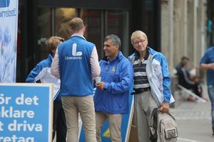 Metin Hawsho (i mitten) tror att diskussionerna om möjliga samarbeten blir mer intensiva de närmaste dagarna.