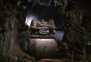 I landet Fantásien lever allsköns fantastiska varelser, som de  jättelika stenjättarna. Foto: Warner Bros. Entertainment