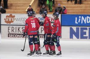 Edsbyn fick jubla nio gånger om mot Vänersborg.