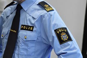 Två unga män ska ha stulit pengar från ett Café i Bregården. Foto: Janerik Henriksson