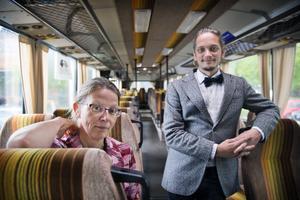 Rebecca Svensson och Niklas Ulfvebrand ändrar nu ruten för Folkhemsturen och låter den går ut i Bergslagen i stället för Västerås.