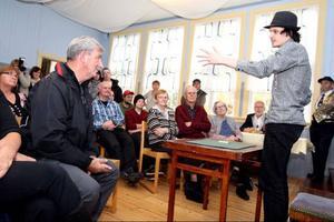 John Andersson bjöd publiken på kortkonster på hög nivå.