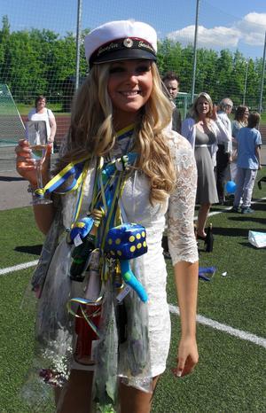 Min vackra och älskade dotter Josefin, nyss utsprungen från Tranellska gymnasiet   :-)