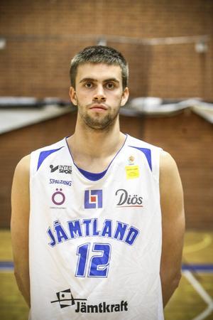 Jesper Eliasson, 23 år, forward. 203 cm.