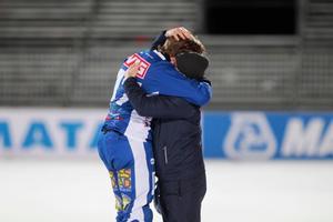 Emil Granström var otröstlig efter SM-finalförlusten på Studenternas.