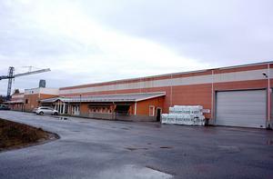 Det är lokalen tillhörande limträfabriken som gått under namnet Glulam of Sweden AB, tidigare Ljungan trä, som Vesta Si har köpt upp för att fortsätta sin expansion i Ljungaverk.