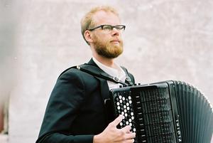 På lördag kväll spelar Andreas Borregard Bach inuti konstverket Skyspace. Foto: Pressbild