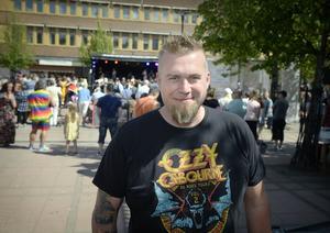 Mattias Lilja fick vara lite allt i allo i helgen, hjälpa till bakom scen, spela på scen och se till att allt gick efter planerna.