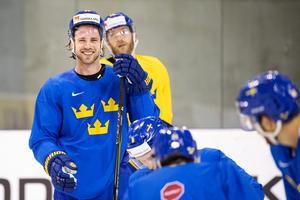 Elias Lindholm under en träning med Tre Kronor i VM i Slovakien. Bild: Joel Marklund/Bildbyrån