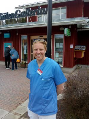 Doktor Mattias Broman. Det bor 3500 personer i Sälens upptagningsområde. Det växer till 60 000-70000 under högsäsong. Foto: Sten Widell