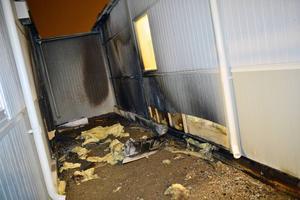 Förra veckan brann det i en barack tänkt för ensamkommande flyktingbarn. Det var bara en av flera bränder vid tilltänkta asylboenden den senaste veckan.