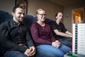 Stefan Åhman, ErikHagsved och Marie Wigunsjö  är medlemmar i Swebrick.