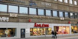 DoSpace förfogar över 1 200 kvadratmeter på våningen ovanför Åhléns på Drottninggatan.